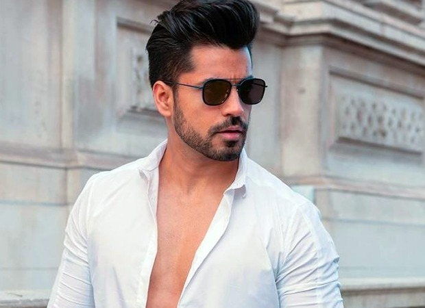 Bigg Boss 8 fame Gautam Gulati tests positive for COVID-19; quarantines in UK : Bollywood News - Bollywood Hungama