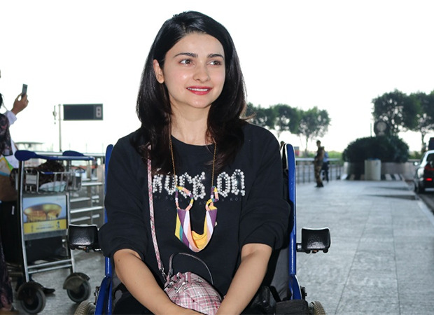 PICTURES: Here's the reason why Prachi Desai was spotted in a wheelchair at the airport : Bollywood News - Bollywood Hungama