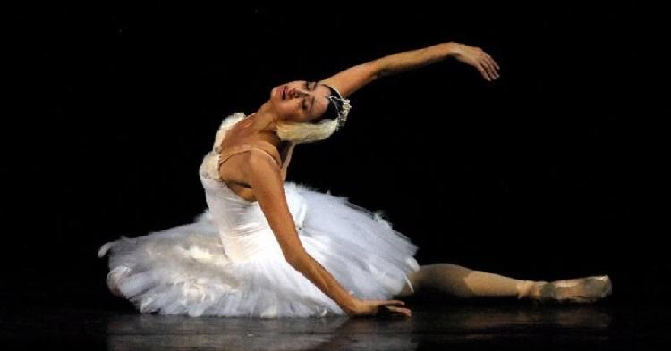 Russia's Novosibirsk ballet company temporarily suspends contract with Georgian prima ballerina Ananiashvili