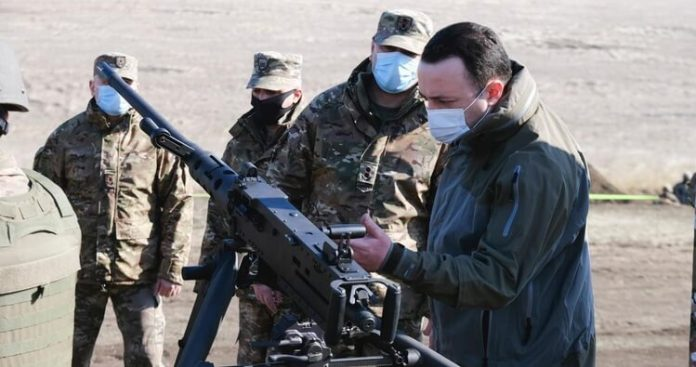 Georgian troops receive US-produced modern infantry armament