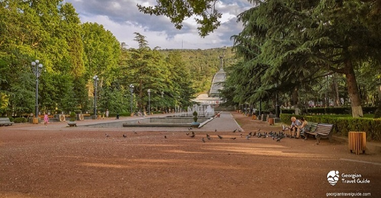 Vake Park in Tbilisi to close for renovation works