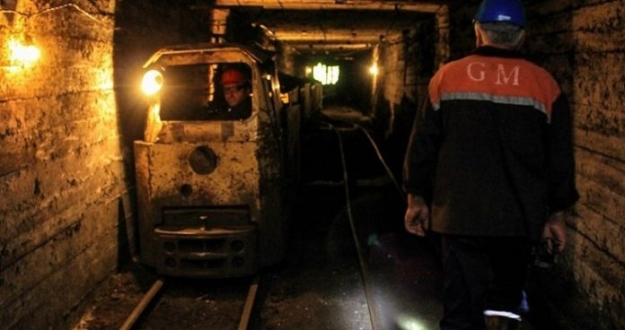Miners on strike in western Georgia, demand 50% salary increase