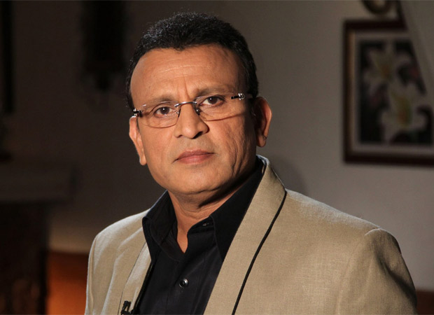 Annu Kapoor tears up talking about those who are working towards helping people : Bollywood News - Bollywood Hungama
